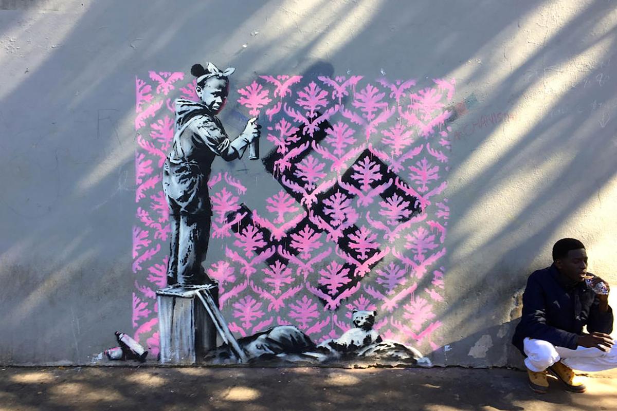 Banksy #auconsulat