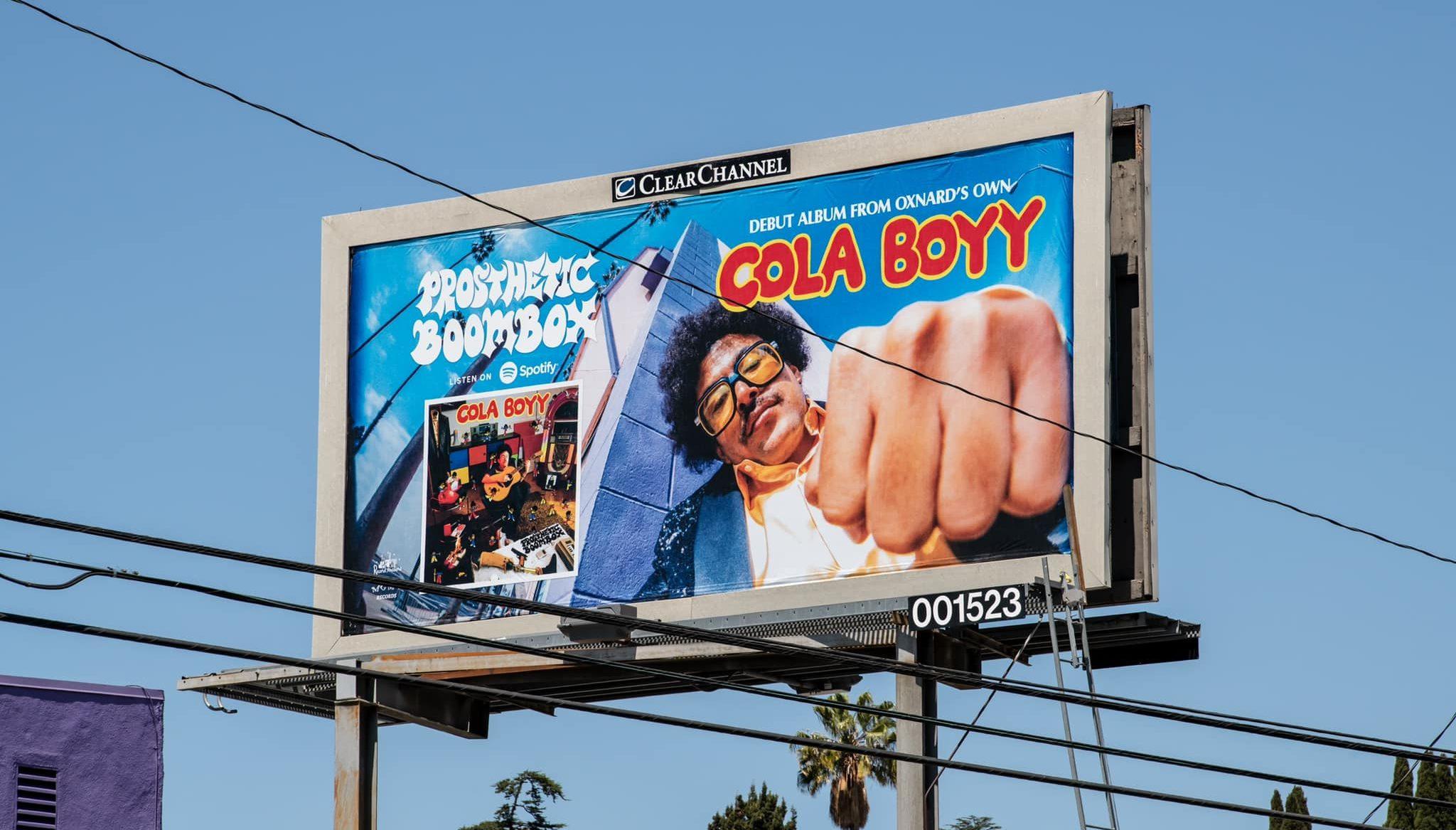 Cola Boyy en live